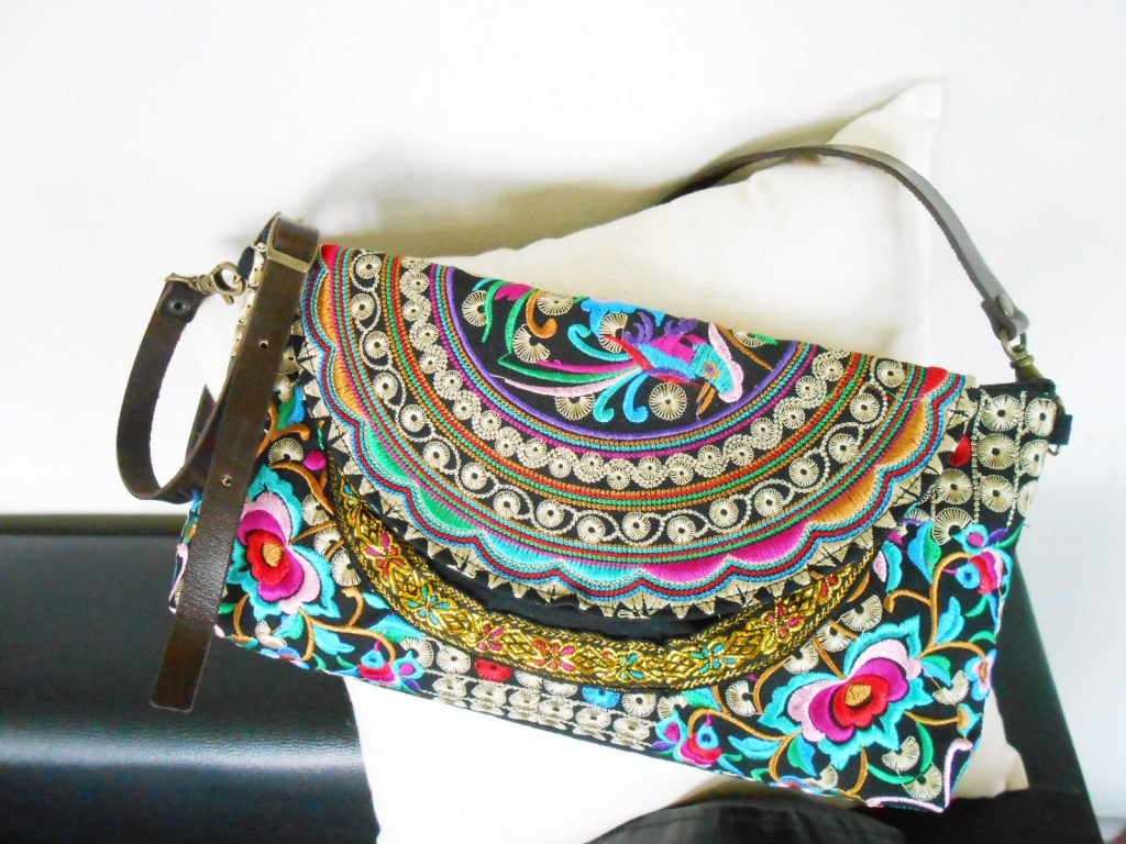 Shoulder Bag, Cross body bag, Leather Strap, Embroidered Handmade by Hmong in Thailand. (KP1242)